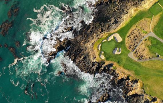 Pebble Beach Golf Links (Pebble Beach, CA)